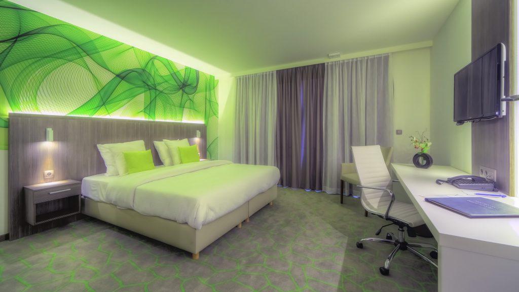 chambre bien range range ta chambre fiche astuce pour que avec comment range lettre mur bureau. Black Bedroom Furniture Sets. Home Design Ideas